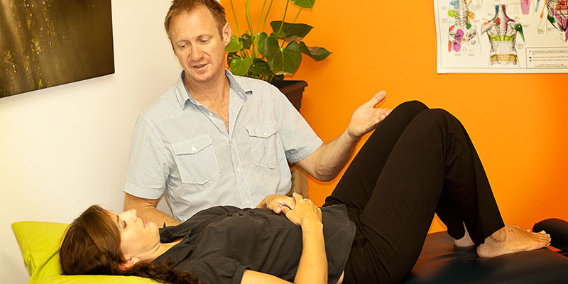 gold-coast-chiropractor-consultation